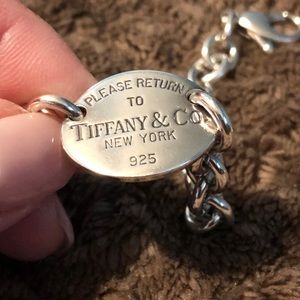 "Return to Tiffany & Co. & ""L"" Chain Link Bracelet"